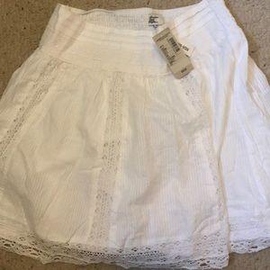 White high waisted skirt